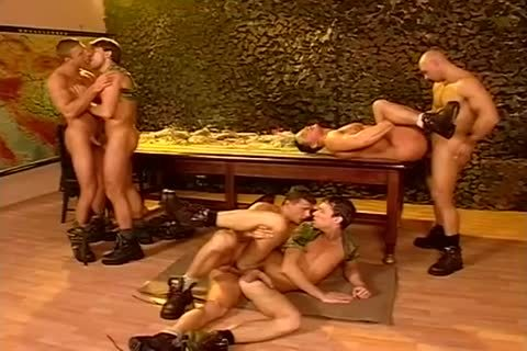 A Bunch Of Army men enjoy An All Male plow Fest